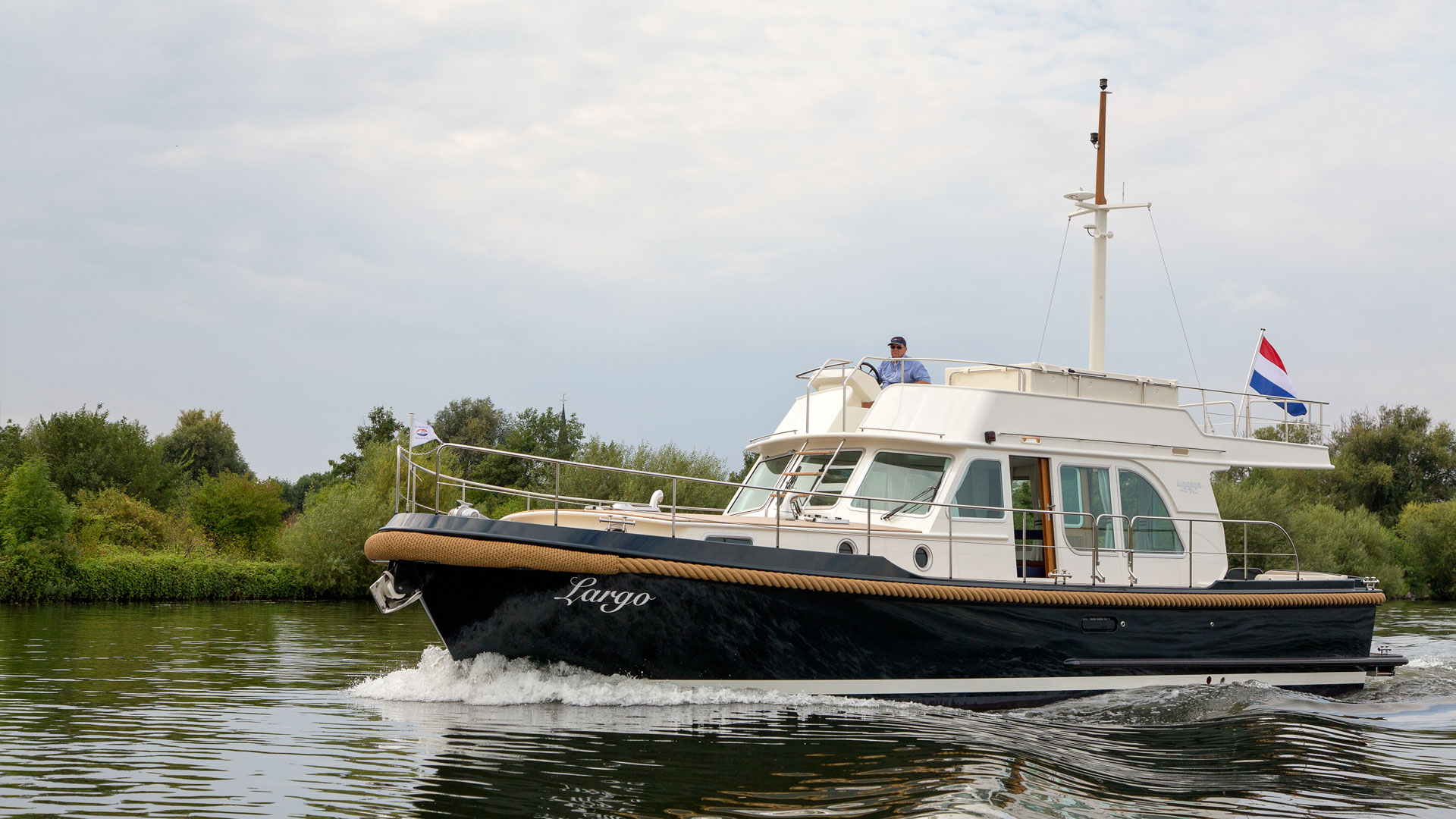 Linssen Classic Sturdy 410 Sedan Deckbridge