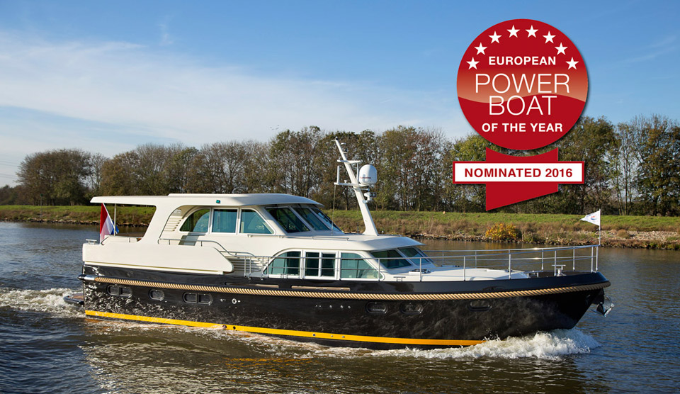 GrandSturdy530ACWH-nominated-powerboat-of-the-year-2016.jpg