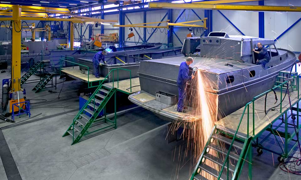 Linssen-yachts-production-steel-hul