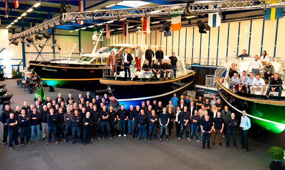 Linssen Yachts in-house production - showroom