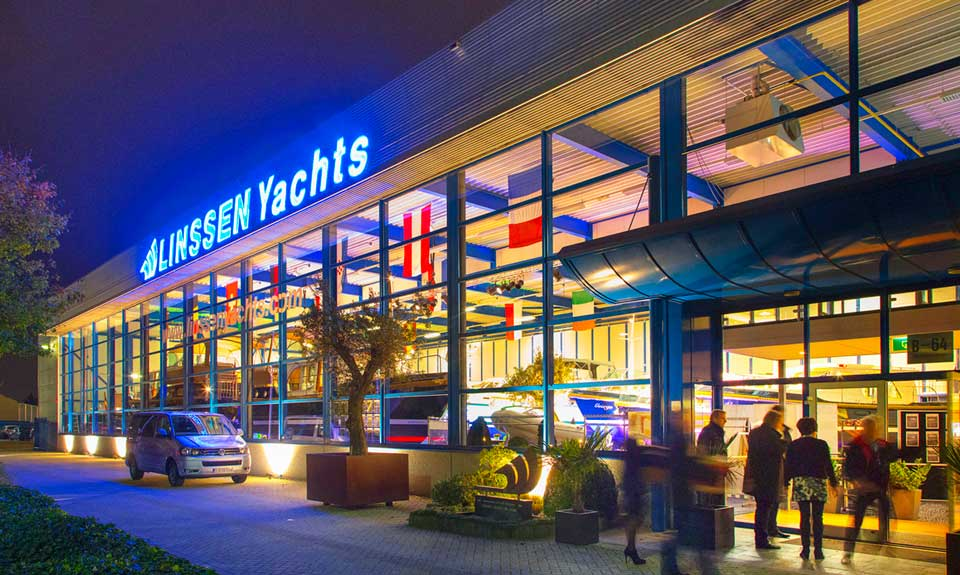 Linssen Yachts in-house production - showroom by night